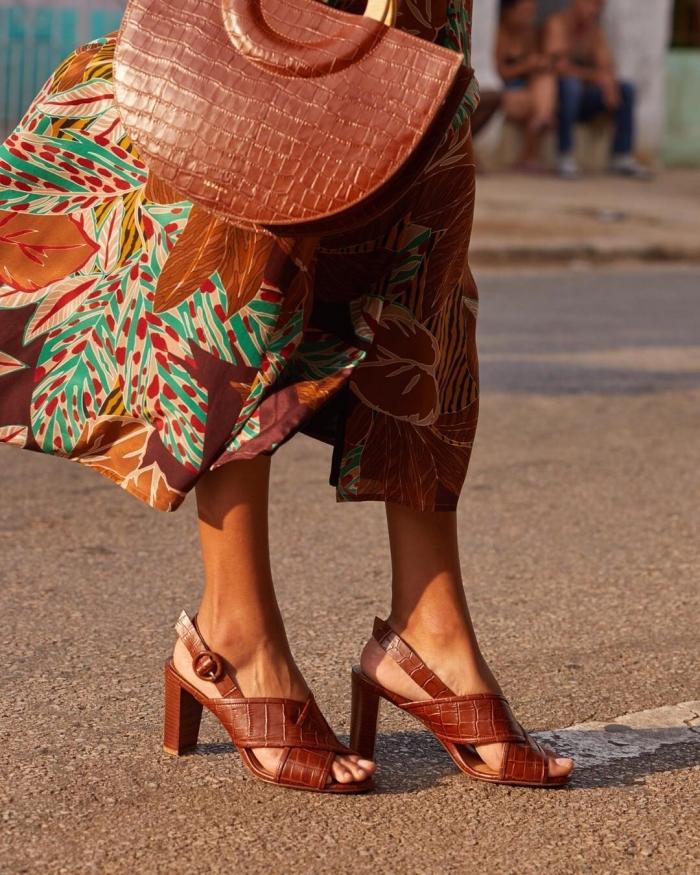 Ravne ženske sandale - Guess